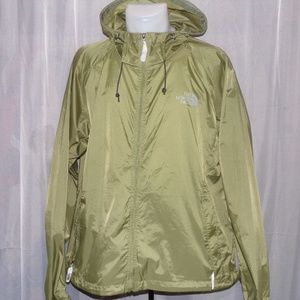 The north face windbreaker hoodie siz XL